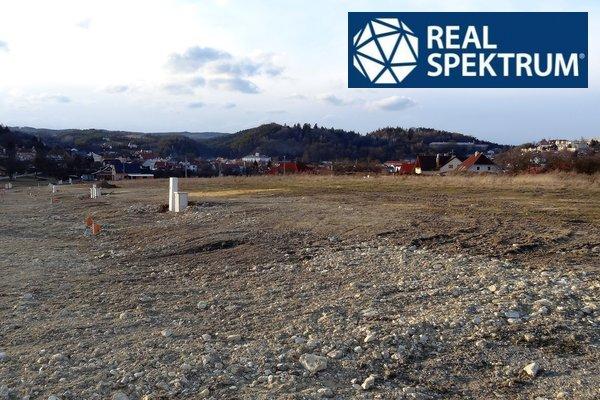 Prodej stavebního pozemku 787 m² v Lysicích