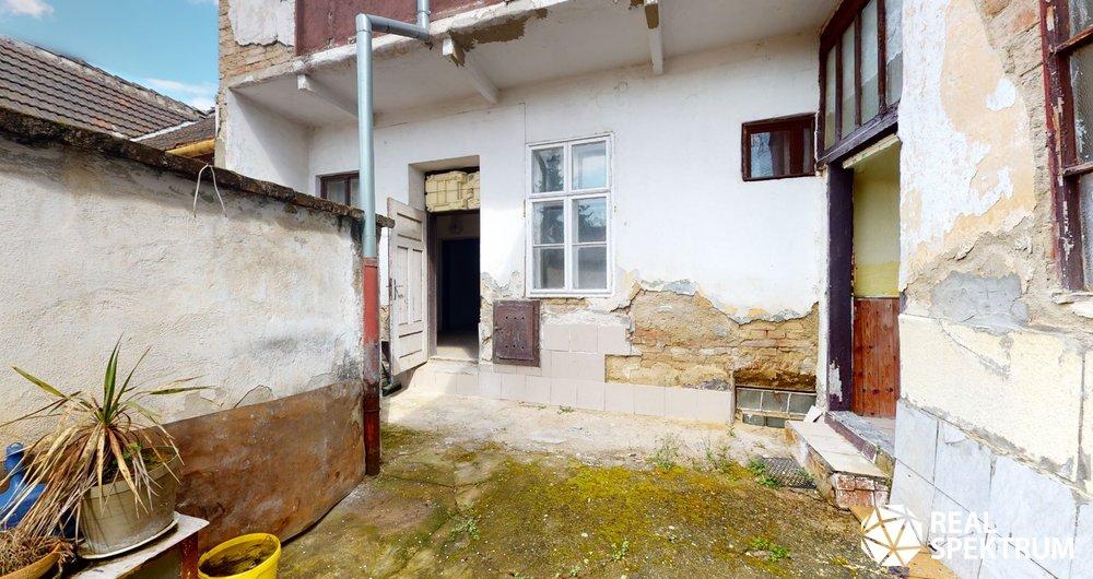 Prodej rodinného domu 200 m² k rekonstrukci - Táborská, Židenice, Brno