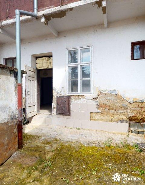 Prodej rodinného domu 200 m² k rekonstrukci - Táborská, Židenice, Brno - PRODÁNO NEJVYŠŠÍ NABÍDCE