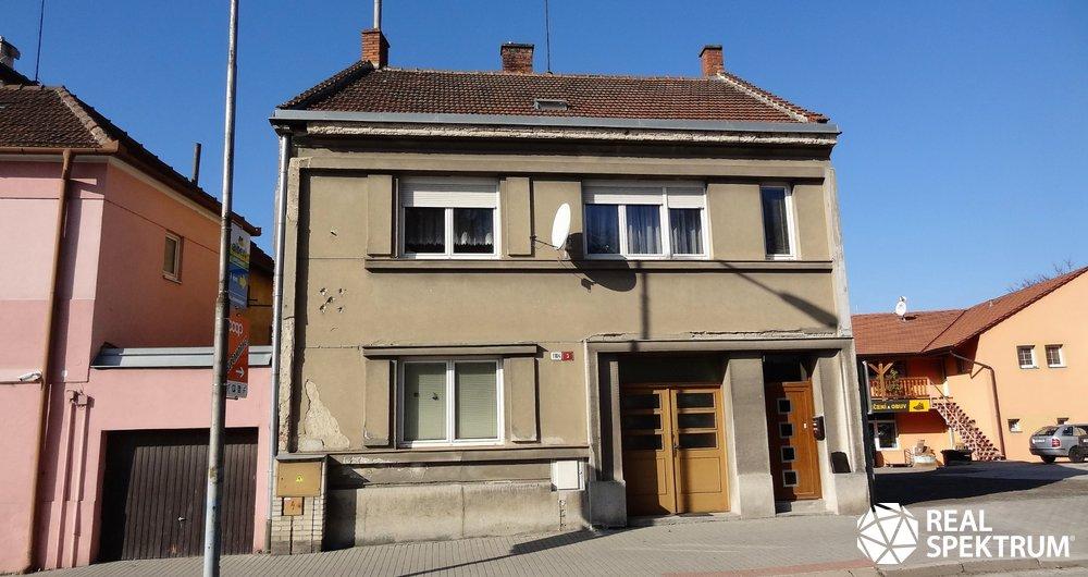 Pronájem bytu 3+1 v rodinném domě 176 m²  v Boskovicích