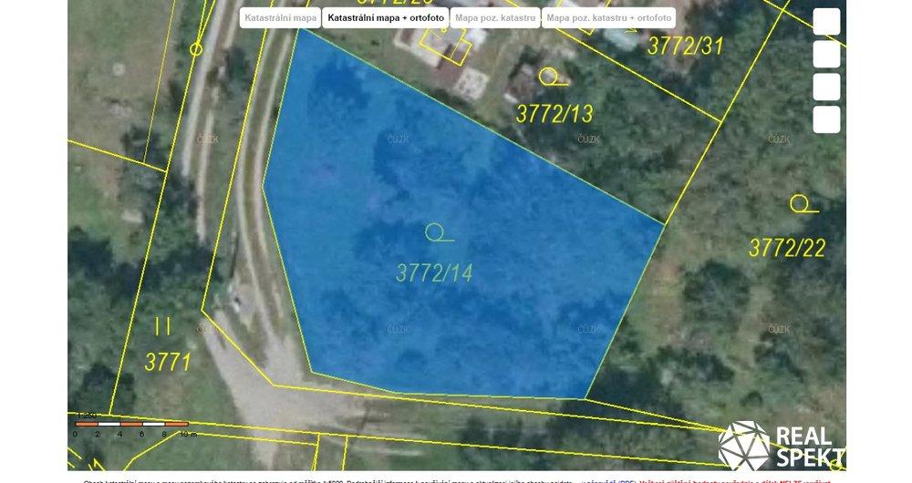 Prodej pozemku pro chatu o výměře 760 m² .