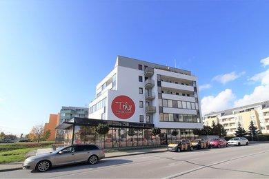 Pronájem, Byty 1+kk, 39m² - Hradec Králové - Třebeš, Ev.č.: 00040