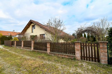 Prodej, Rodinný dům, Býšť, Ev.č.: 00042