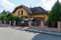 Prodej, Rodinné domy, 225m² - Kopřivnice