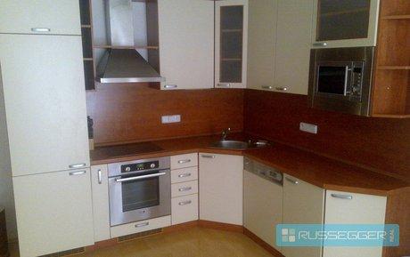 Pronájem krásného slunného bytu o dispozici 2+kk, CP 68 m², Ev.č.: 21183