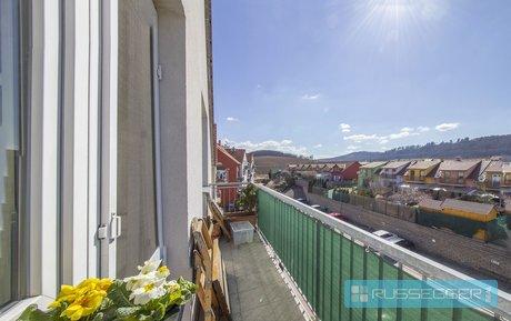 Prodej bytu 4+kk s balkonem 2 x parkováním a sklepem, Ev.č.: 29460