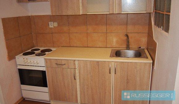 byt 1+1 ve dvoře kuchyně