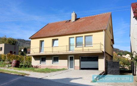 Prodej rodinného domu  330 m2, s krásným výhledem ve vinařské oblasti Pavlov, Ev.č.: 29583