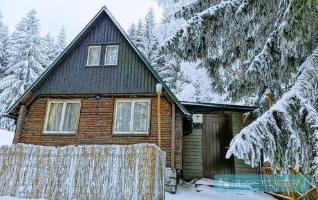 Prodej dvoupodlažní krásné chaty 4+kk v malebné krajině, pozemek 469 m2, Zlaté Hory, Jeseníky, Ev.č.: 29588