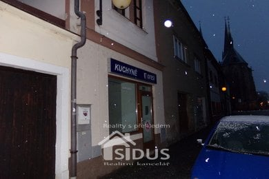 Pronájem komerčních prostor v centru Vysokého Mýta, Ev.č.: 00135