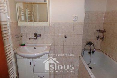 Pronájem zděného bytu 2+1, Pardubice, Jiránkova ul., Ev.č.: 00153