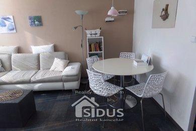 Prodej bytu 3+1 s balkonem, Pardubice, Polabiny, Ev.č.: 00080