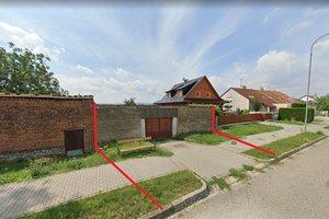 Reference paní Kvapilové a pana Štrajta k prodeji pozemku v obci Držovice