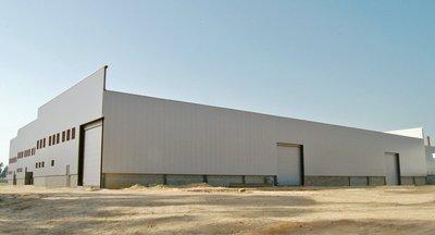 Moderné skladové priestory so službami na prenájom v Galante