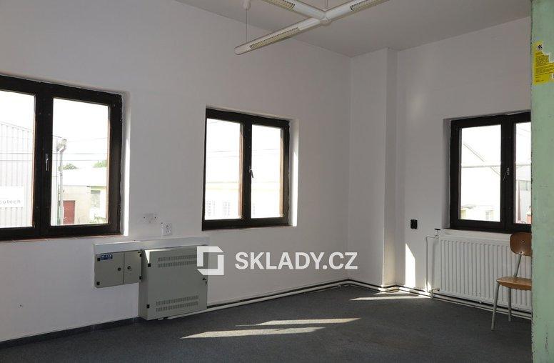 Skladový areál Staré Hradiště (Hala 2-kancelář 1.patro)