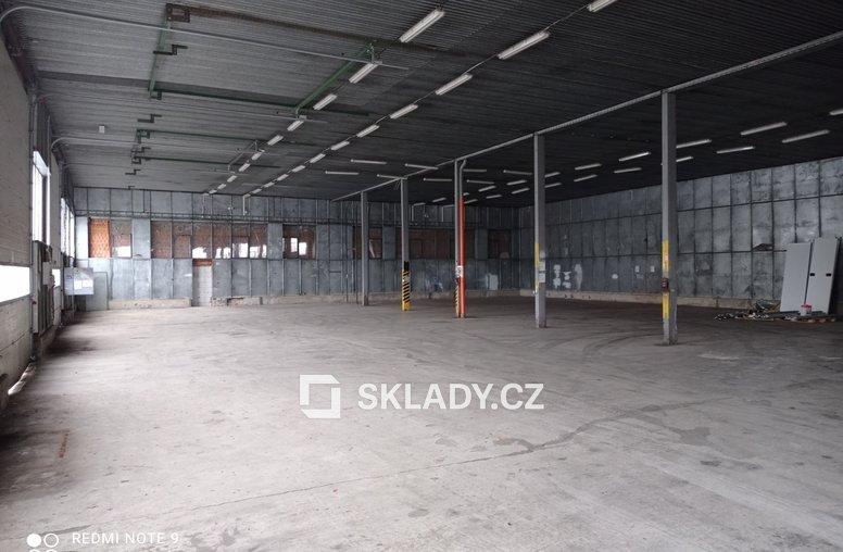Skladová hala 1 100 m2 - Nelahozeves (2)