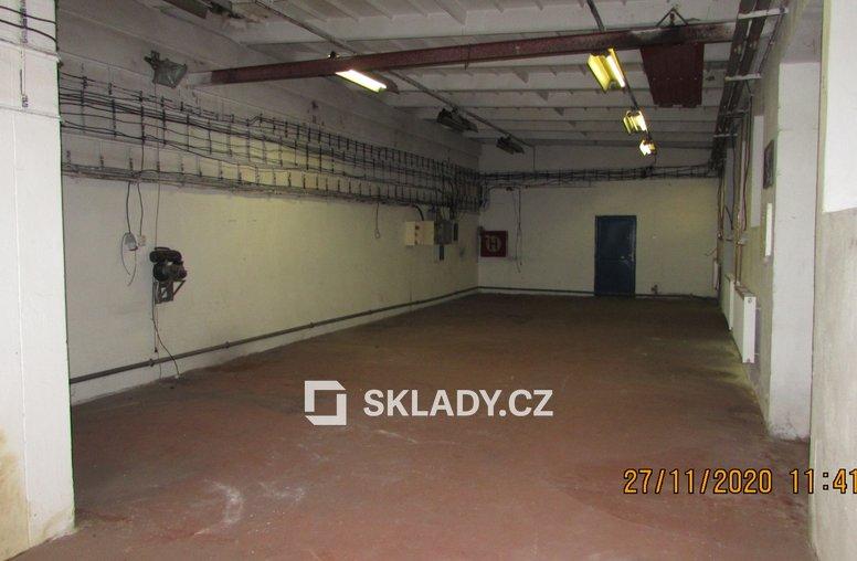 výrobníkancelářský prostor o výměře 265 m2 (6)