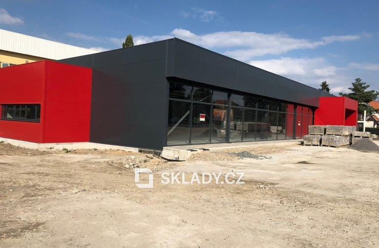 Showroom 660 m2