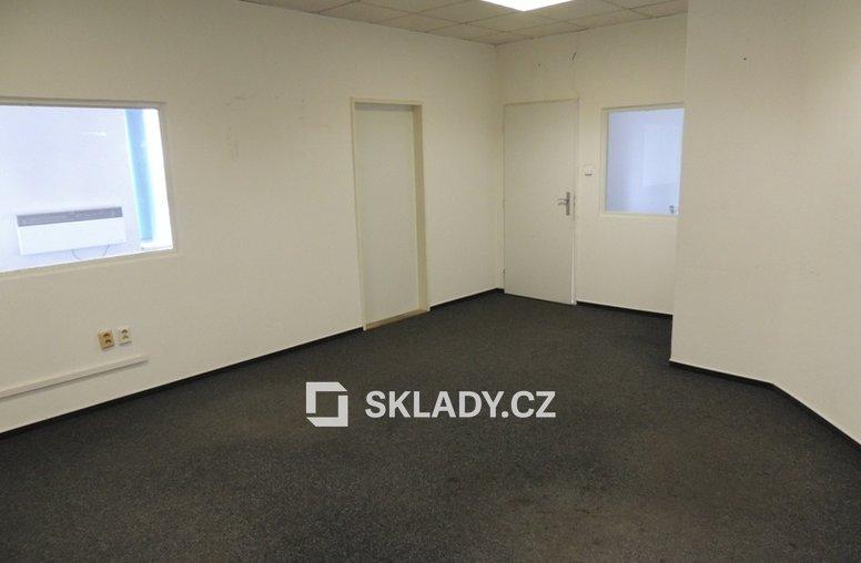 kancelář sklad 567 m2