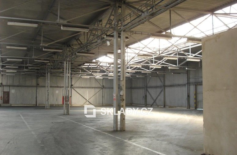 Nezateplená část 880 m2