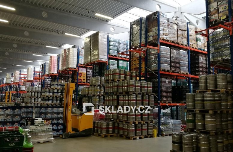 Logistický sklad-