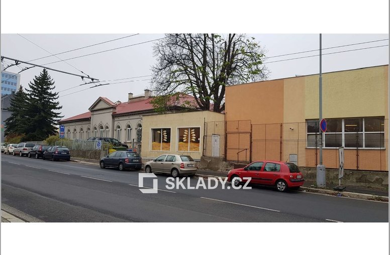 sklad 86 m2 - Chomutov Showroom