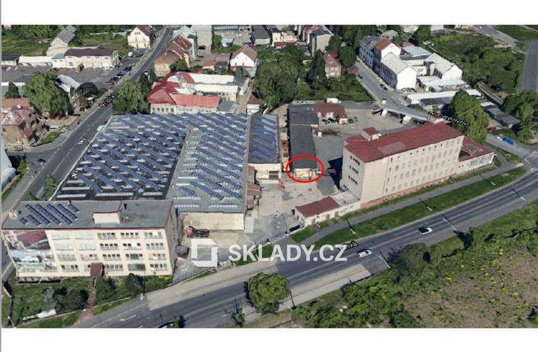 sklad 53 m2 Comutov.-