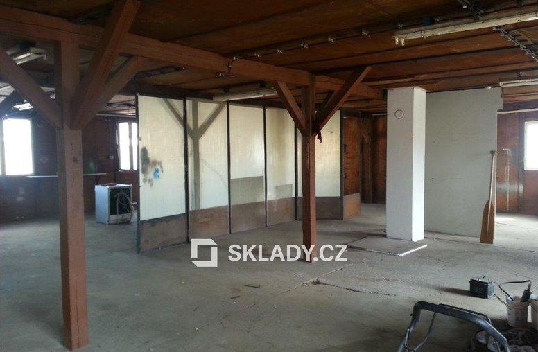 SKLAD 140 m2