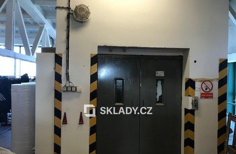 Výtah do skladu