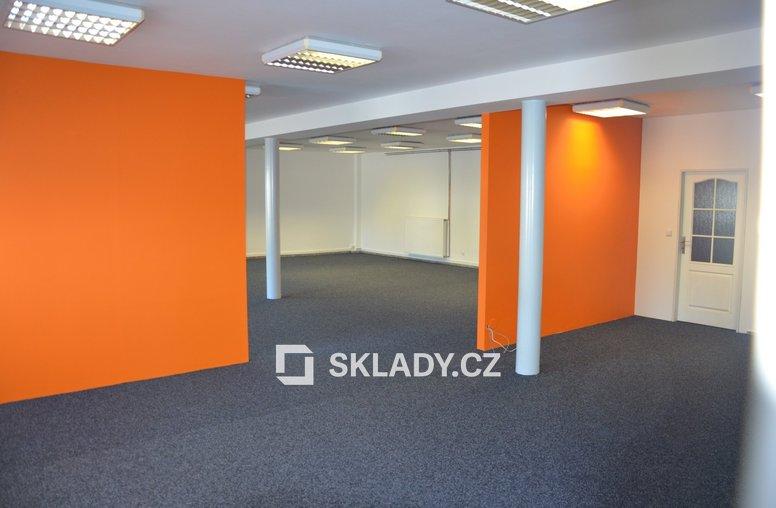 Kanceláře (4)