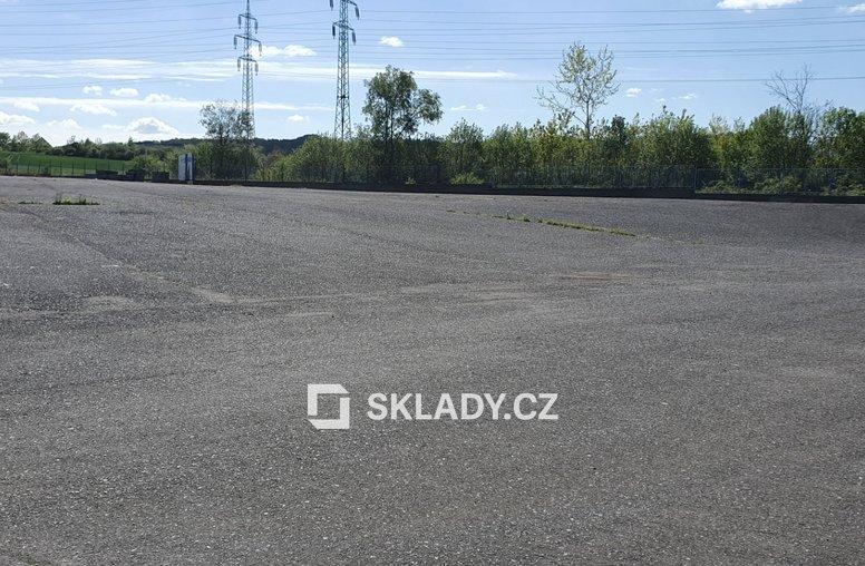 parkovací plocha