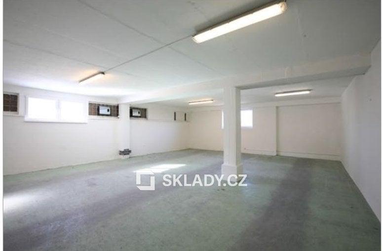 sklad 3.patro - 57 m2