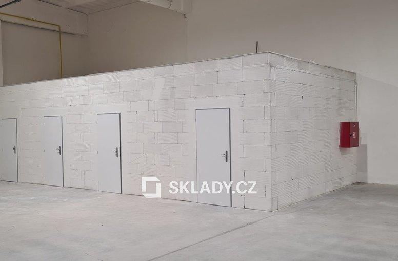 900 m2 - Hala - Židenice.