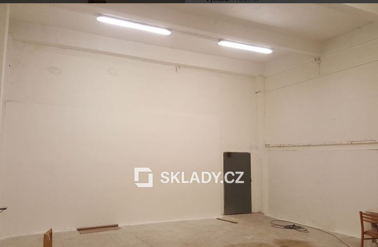 skladový areál - 600 m2