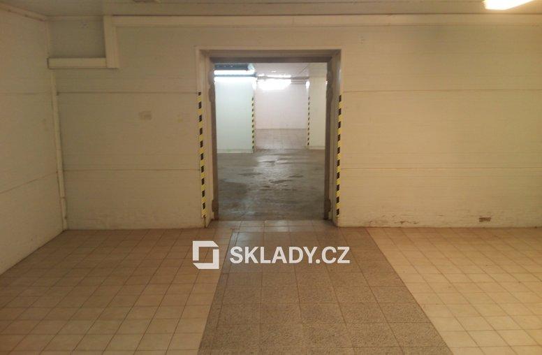 Sklad 450 m2 s chladícím zařízením (8)
