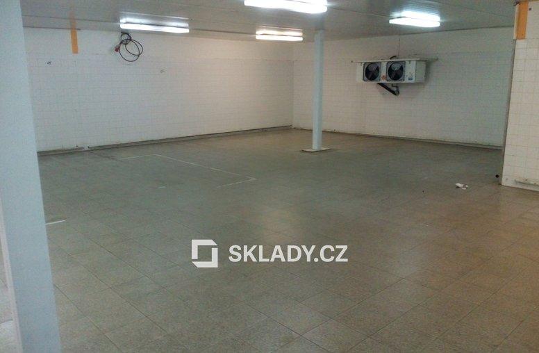 Sklad 450 m2 s chladícím zařízením
