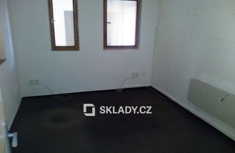 Sklad 450 m2 s chladícím zařízením (2)