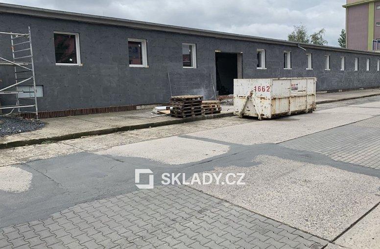 sklad 400 m2 - Horní Počernice,