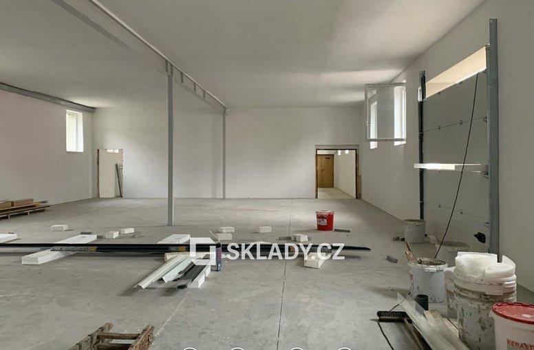 sklad 400 m2 - Horní Počernice