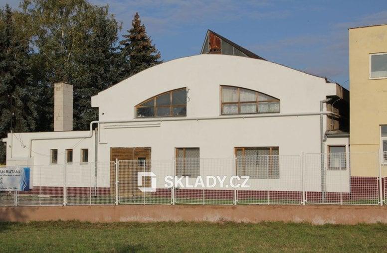 Slavkov - skladová hala 1000m2