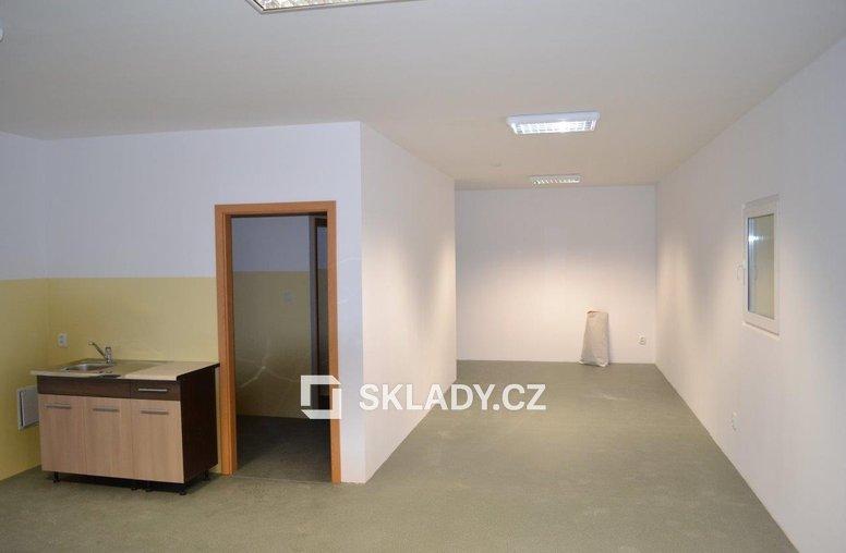 Skladová hala 1600 m2 (5)