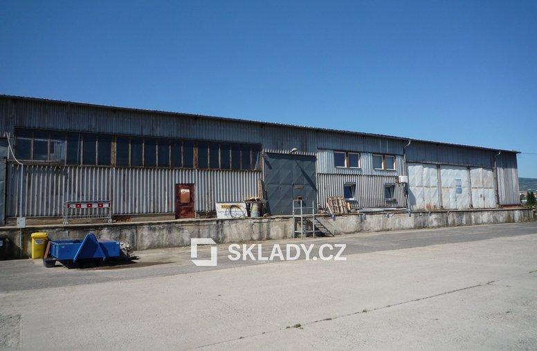 P1070977skladová hala 1300 m2 - Litoměřice