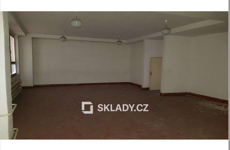 Hala 1840 m2 - Chomutov.,.