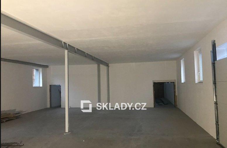Sklad - 561 m2.,