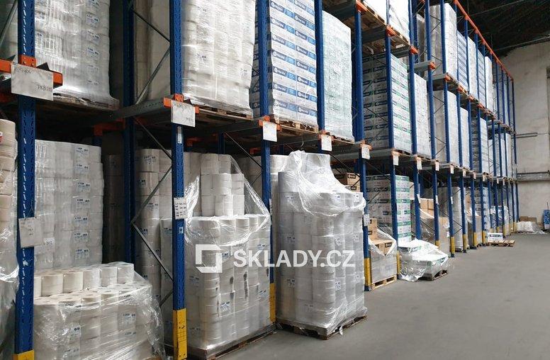 skladové prostory 1000 m2 - Čakovice