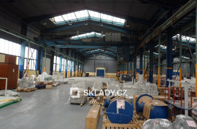 Skladové prostory 3 950 m2 (5)