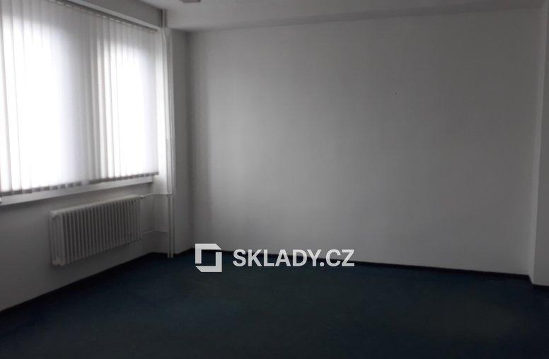 Kancelářské místnosti v budově A o ploše 30 – 31m2 (3)