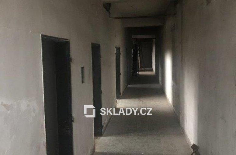 Skladové prostory 1 150 - Hostivař (2)