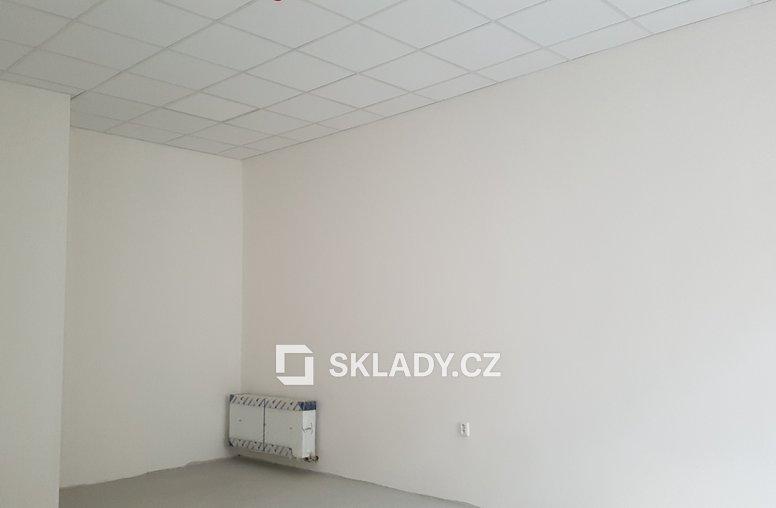 1NP-storage room