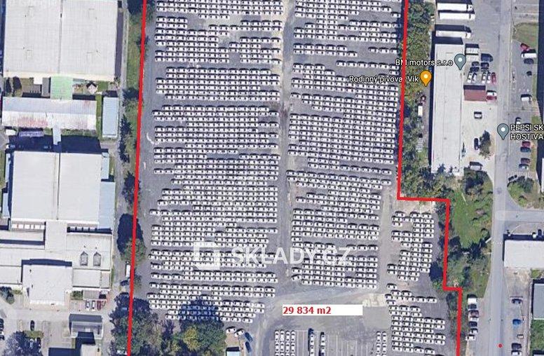 Venkovní plochy 3 000 m2